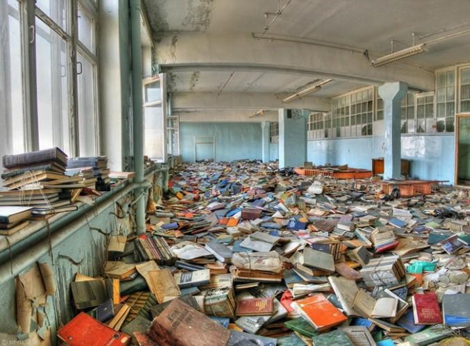abandonedlibrary